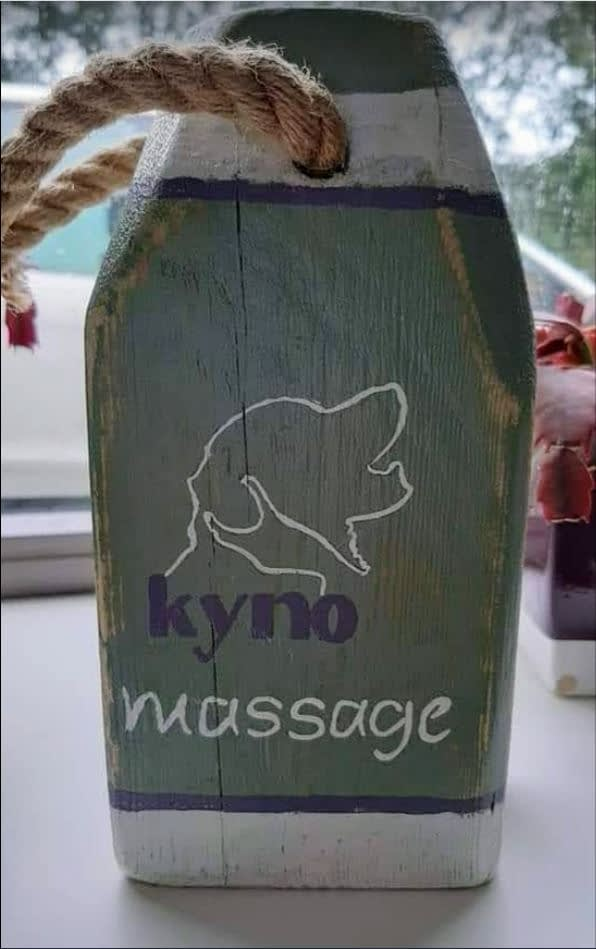 "Beach House - Reclame Boei ""Kynomassage"""