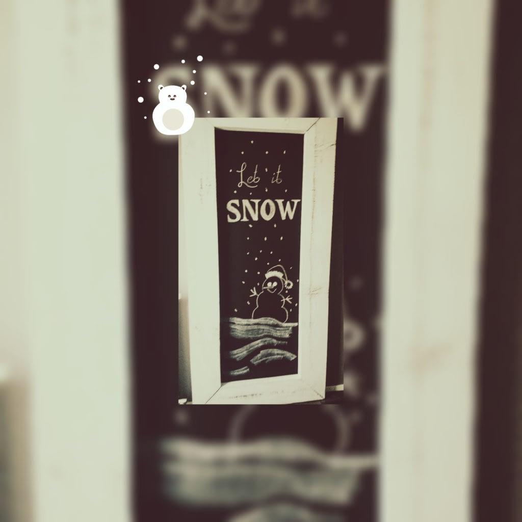 Pimpen hal - teksten - sneeuw - krijttekst met sneeuwpop